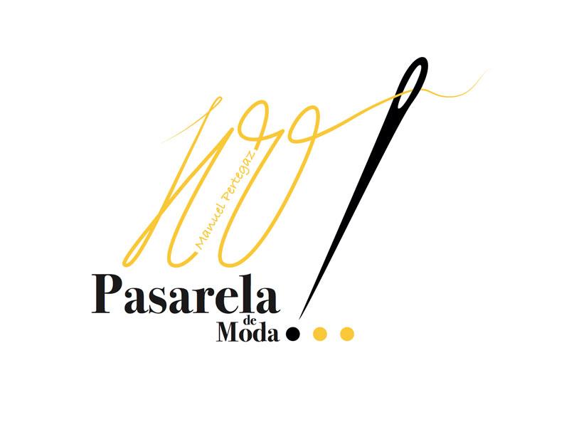 """Homenaje a Manuel Pertegaz dentro del proyecto de innovación """"FP Pasarela de moda"""" en la Sala de la Corona del gobierno de Aragón."""